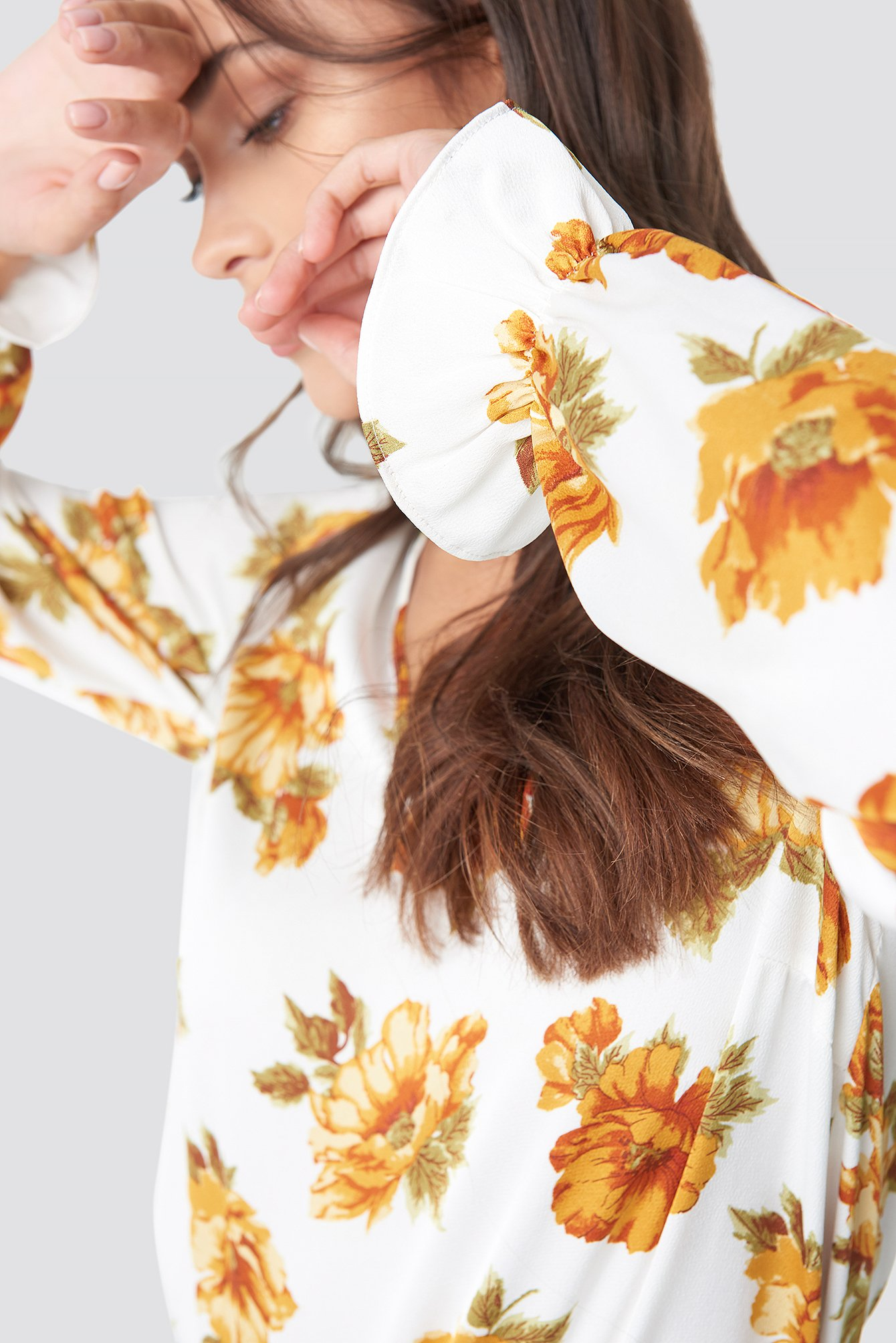 Flower Printed Frill Blouse NA-KD.COM