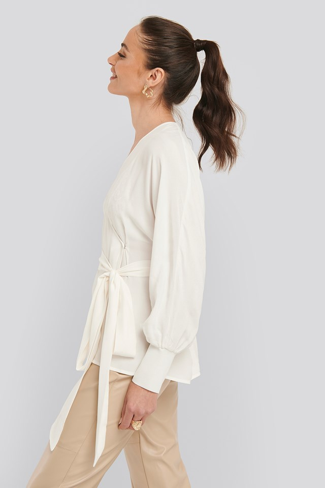 Flowy Overlap Blouse Offwhite