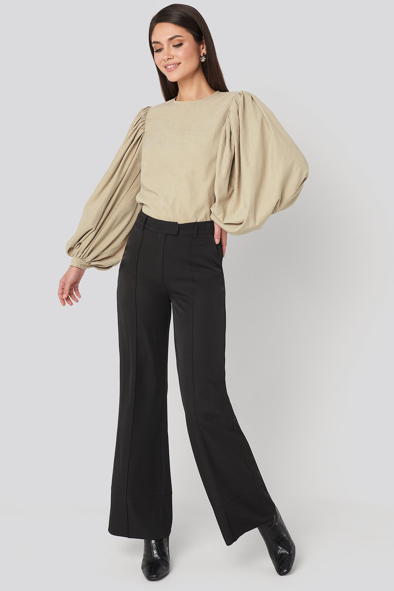 na-kd trend -  Fold Up Flared Pants - Black
