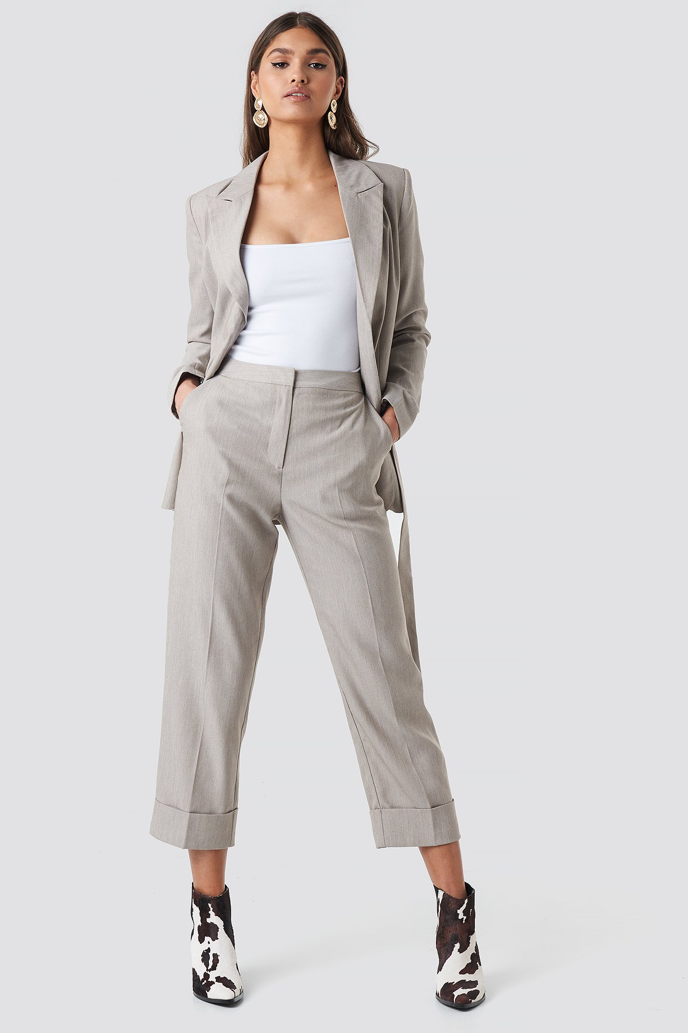 na-kd classic -  Folded Straight Suit Pants - Grey