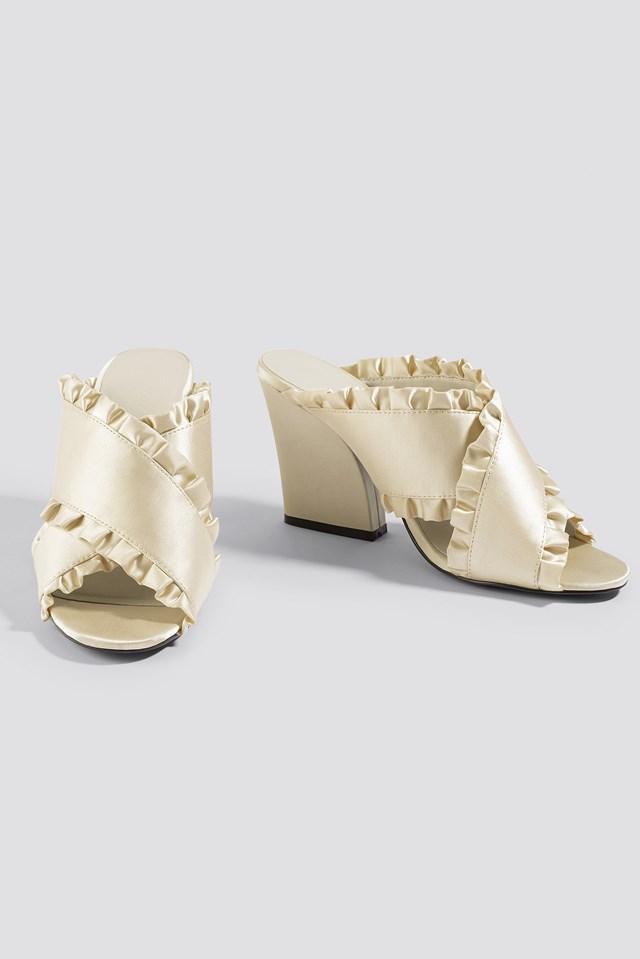 Frill Cross Mule Heels Cream