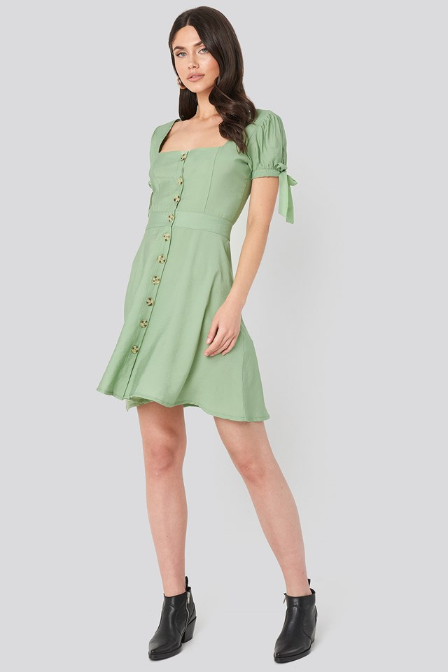 Front Button Knot Detailed Dress Green