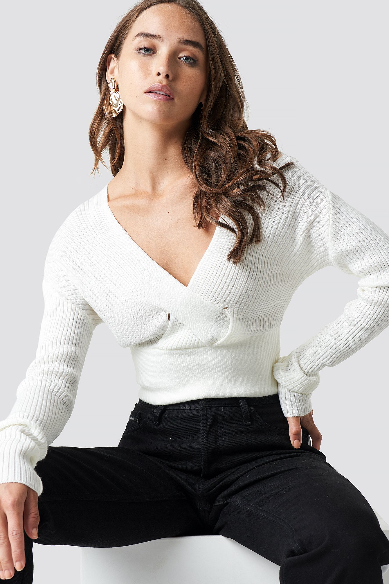 FRONT CROSS CROPPED SWEATER - WHITE, OFFWHITE