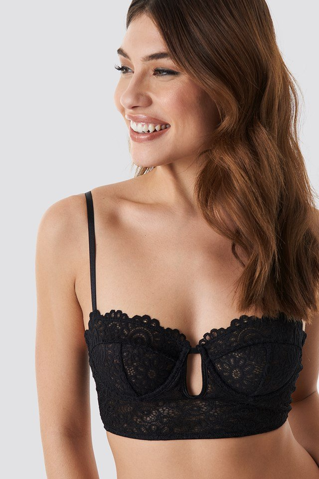 Front Cut Lace Bralette Black