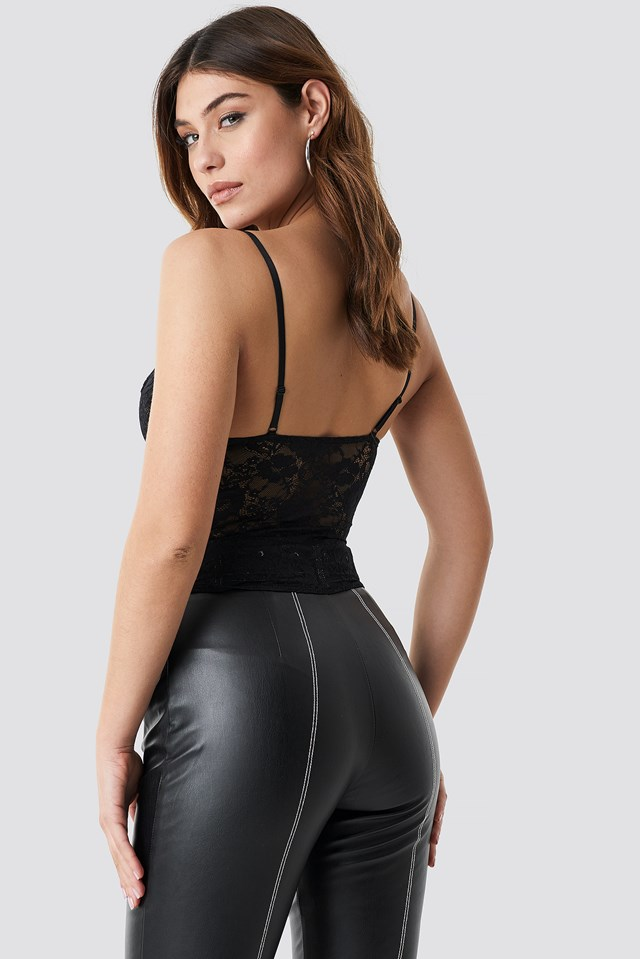Front Cut Out Lace Singlet Black