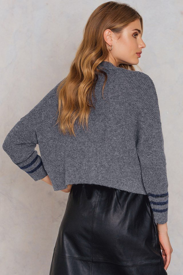 Front Pockets Knitted Sweater Grey