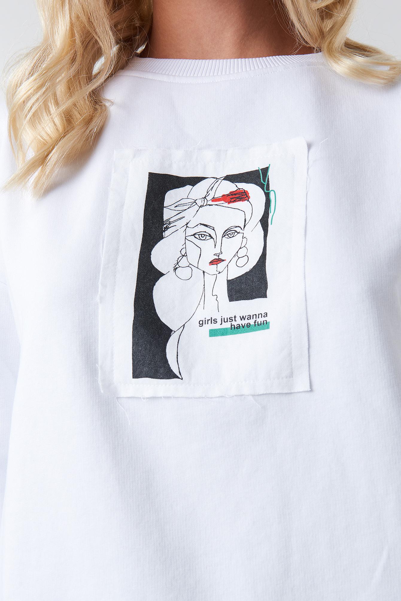 Front Print Oversized Sweatshirt NA-KD.COM