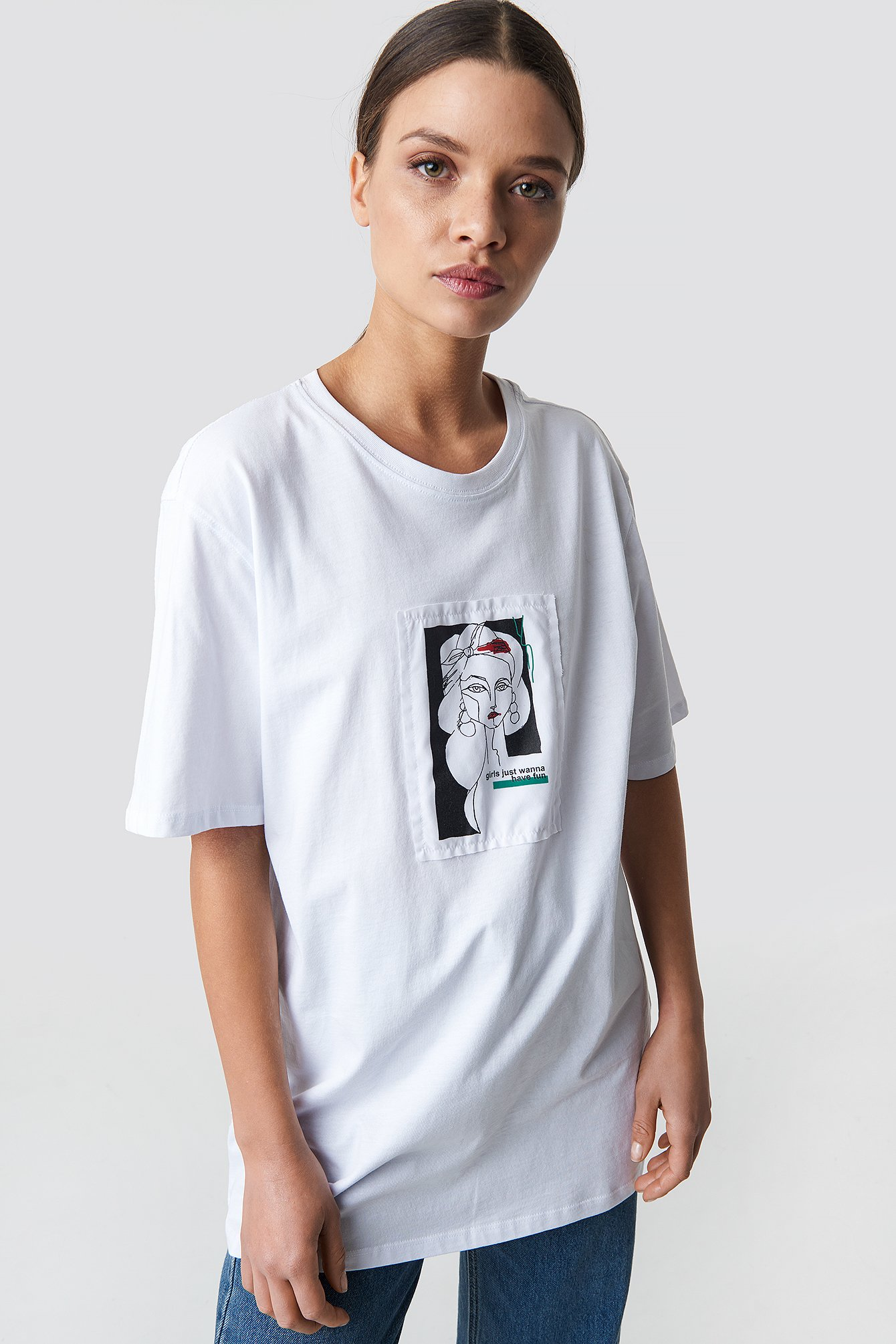 na-kd -  Oversized Front Print Tee - White