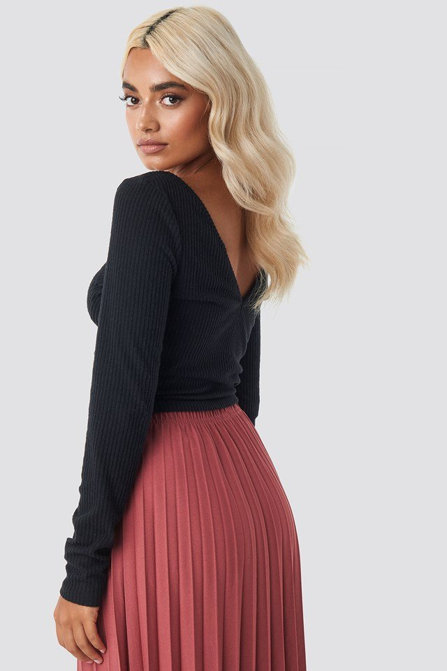 Front Ruched Cropped Top NA-KD.COM
