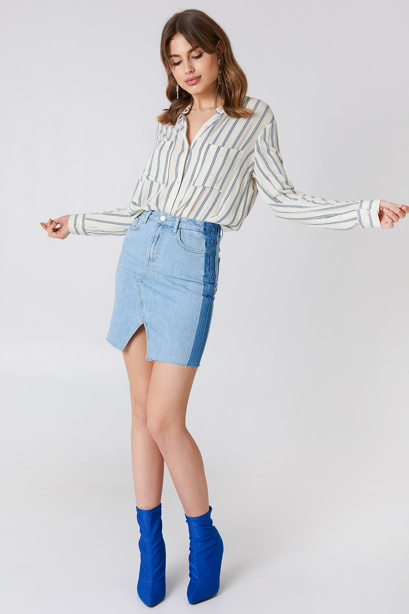 Front Slit Side Panel Denim Skirt NA-KD.COM