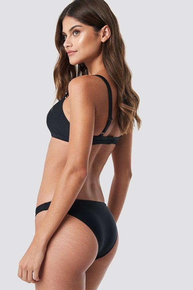 Front Strap Bikini Top Black