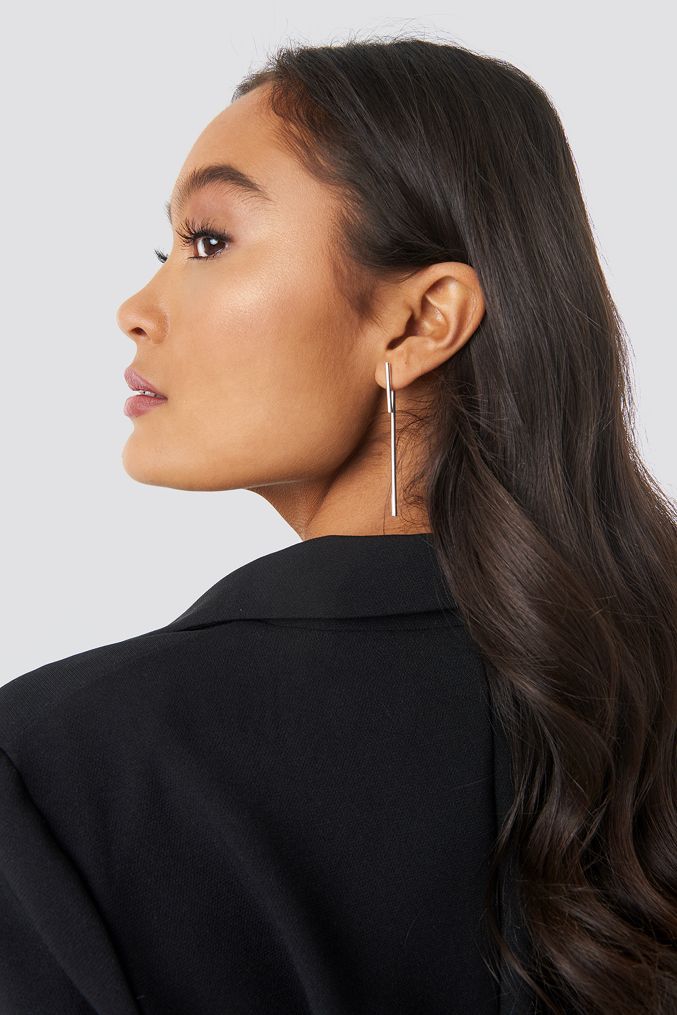 Front Stud Long Bar Earrings NA-KD.COM