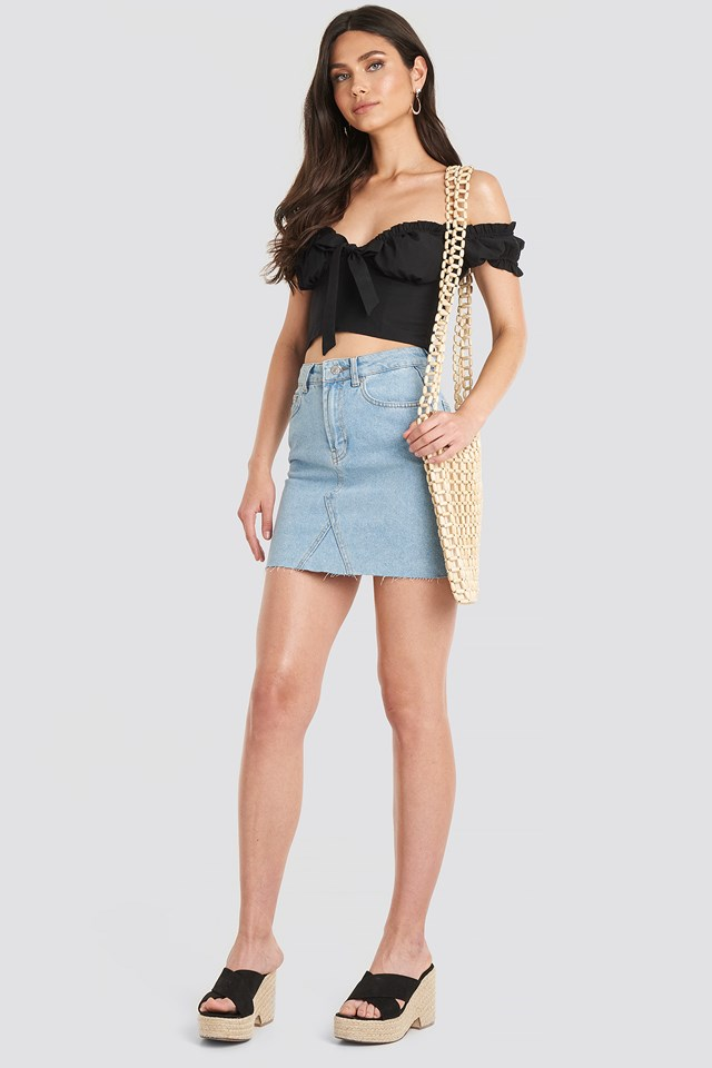 Front Tie Cropped Top Black