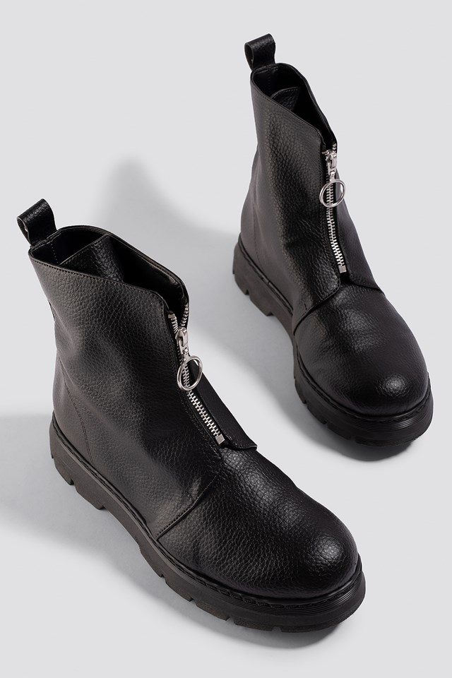 Front Zip Chunky Boots Donnaromina x NA-KD