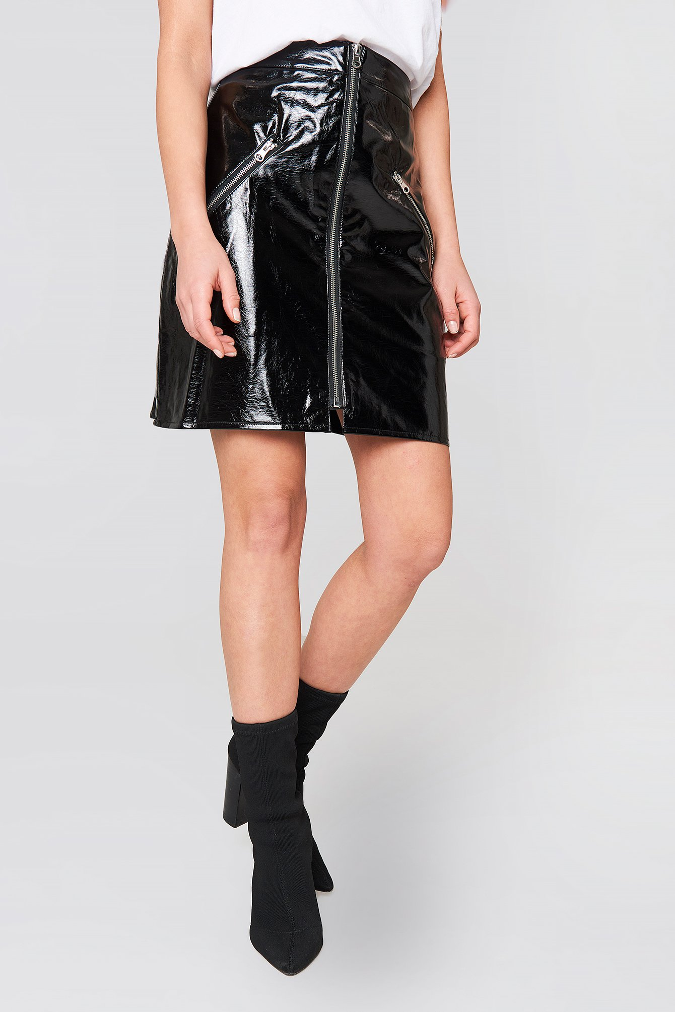 Front Zip Patent Skirt NA-KD.COM