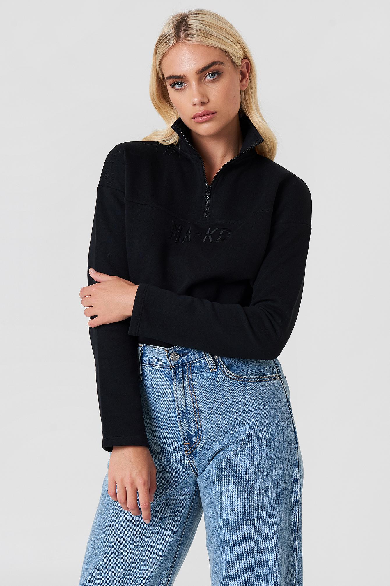 na-kd -  Front Zipper Sweatshirt - Black