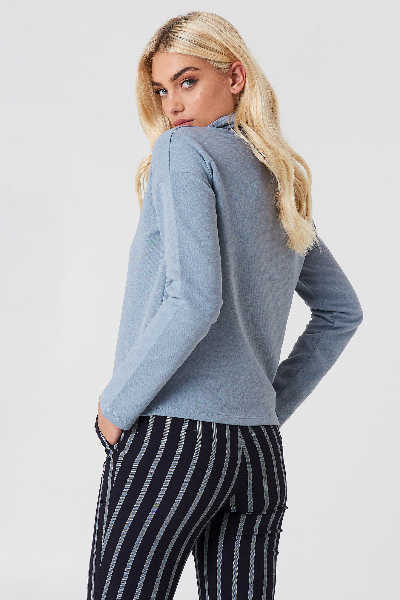 Front Zipper Sweatshirt NA-KD.COM
