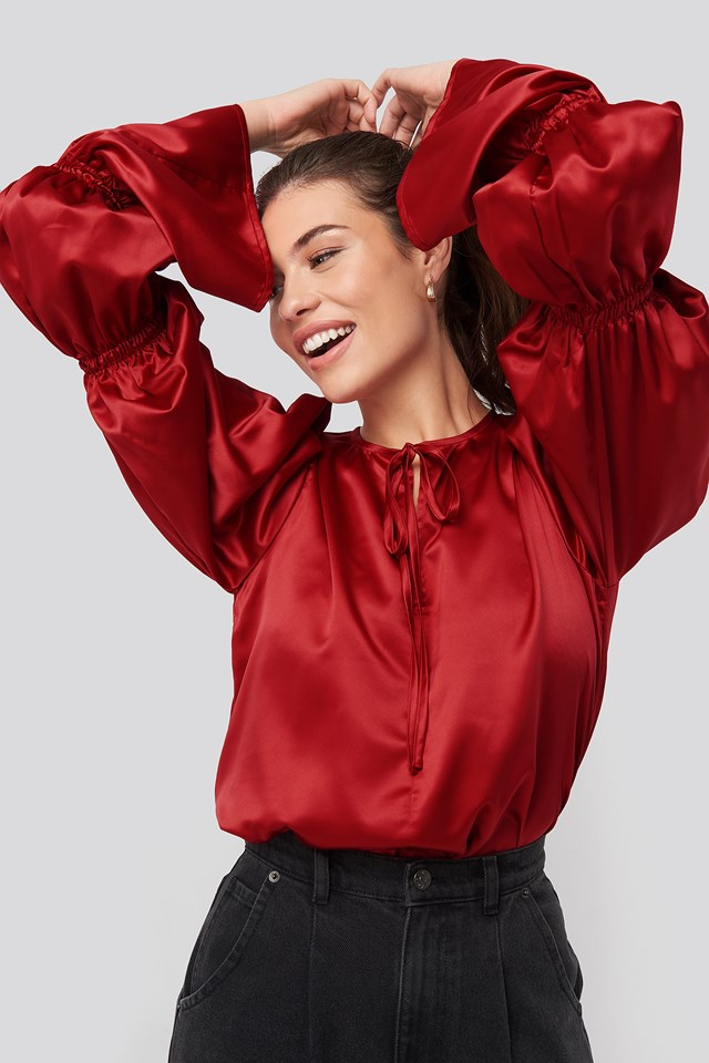 Gathered Fluted Sleeve Blouse Chilly red