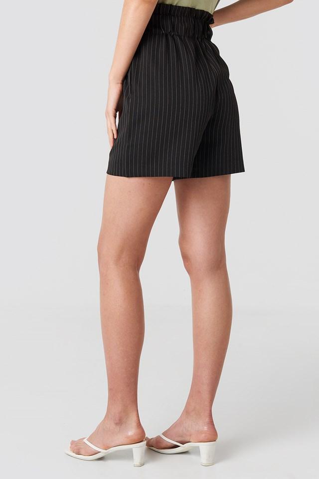 Gathered Shorts Black/White Stripe