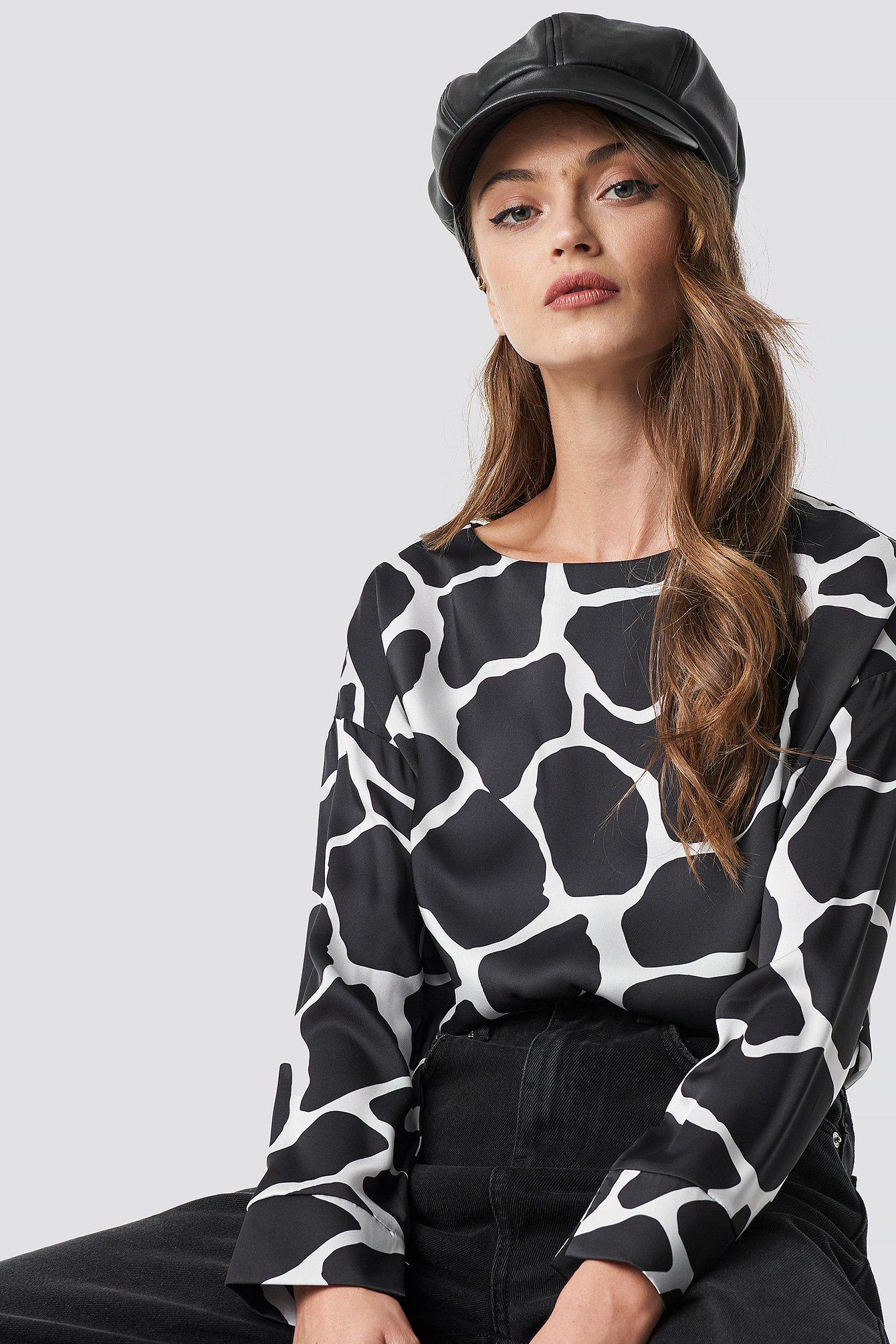 na-kd -  Giraffe Print Blouse - Black,Multicolor