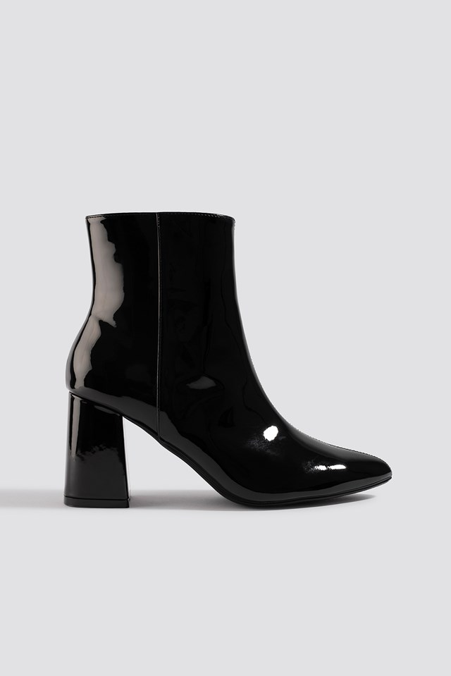Glossy Patent Boots Black