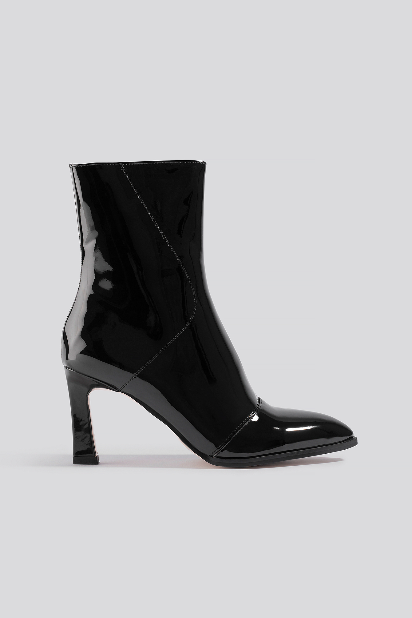 na-kd shoes -  Glossy Patent Low Boots - Black