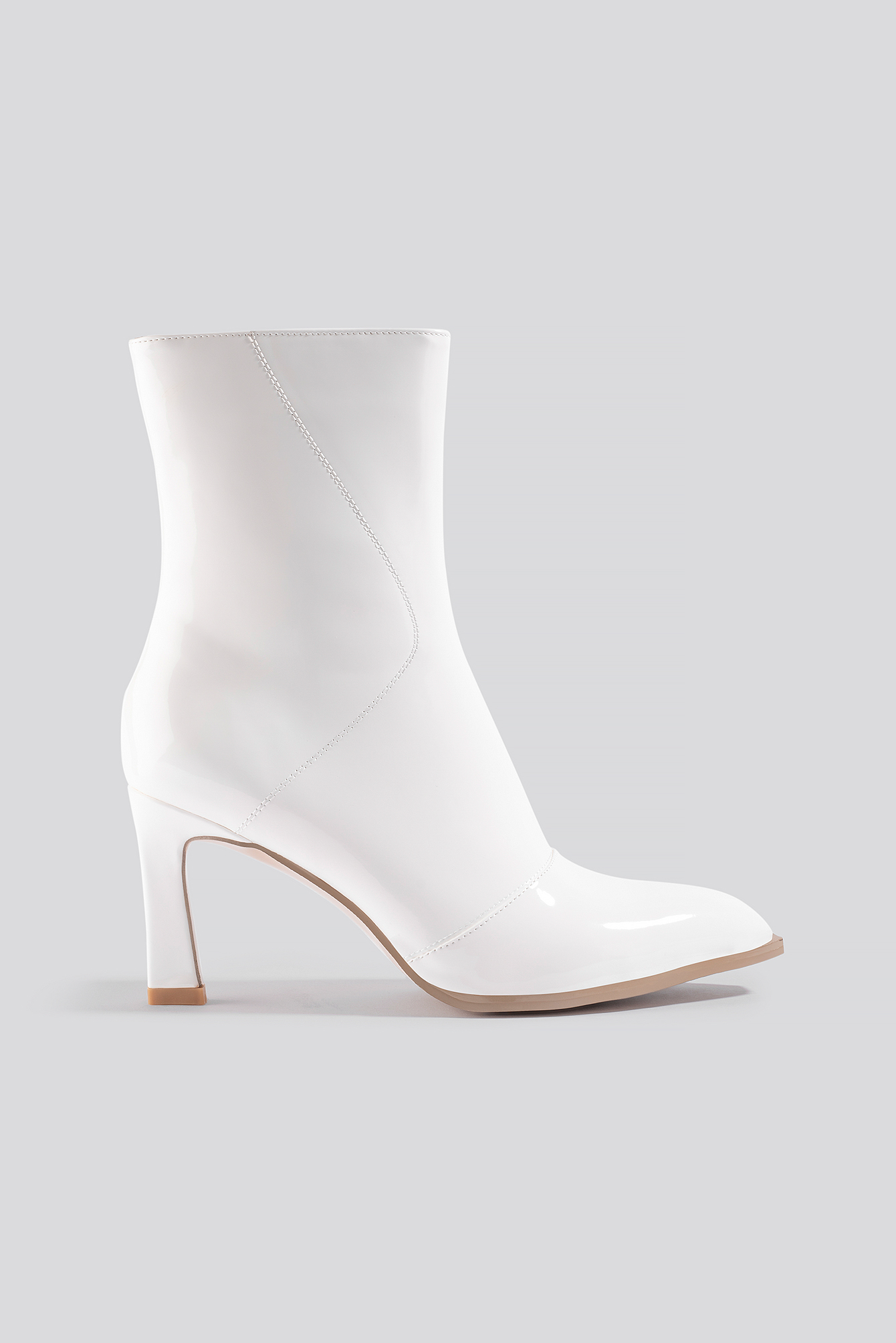 na-kd shoes -  Glossy Patent Low Boots - White