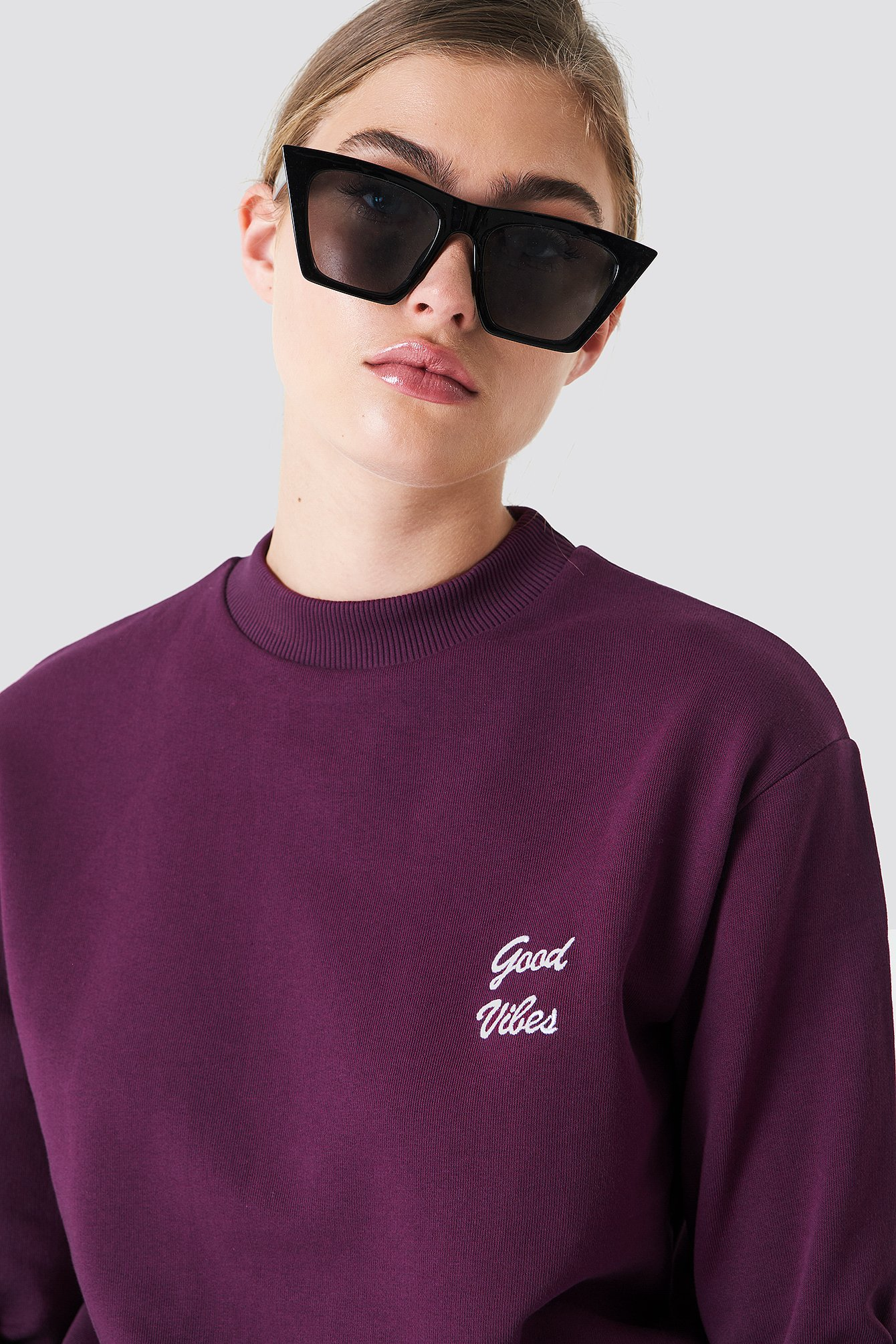 Good Vibes Sweatshirt NA-KD.COM