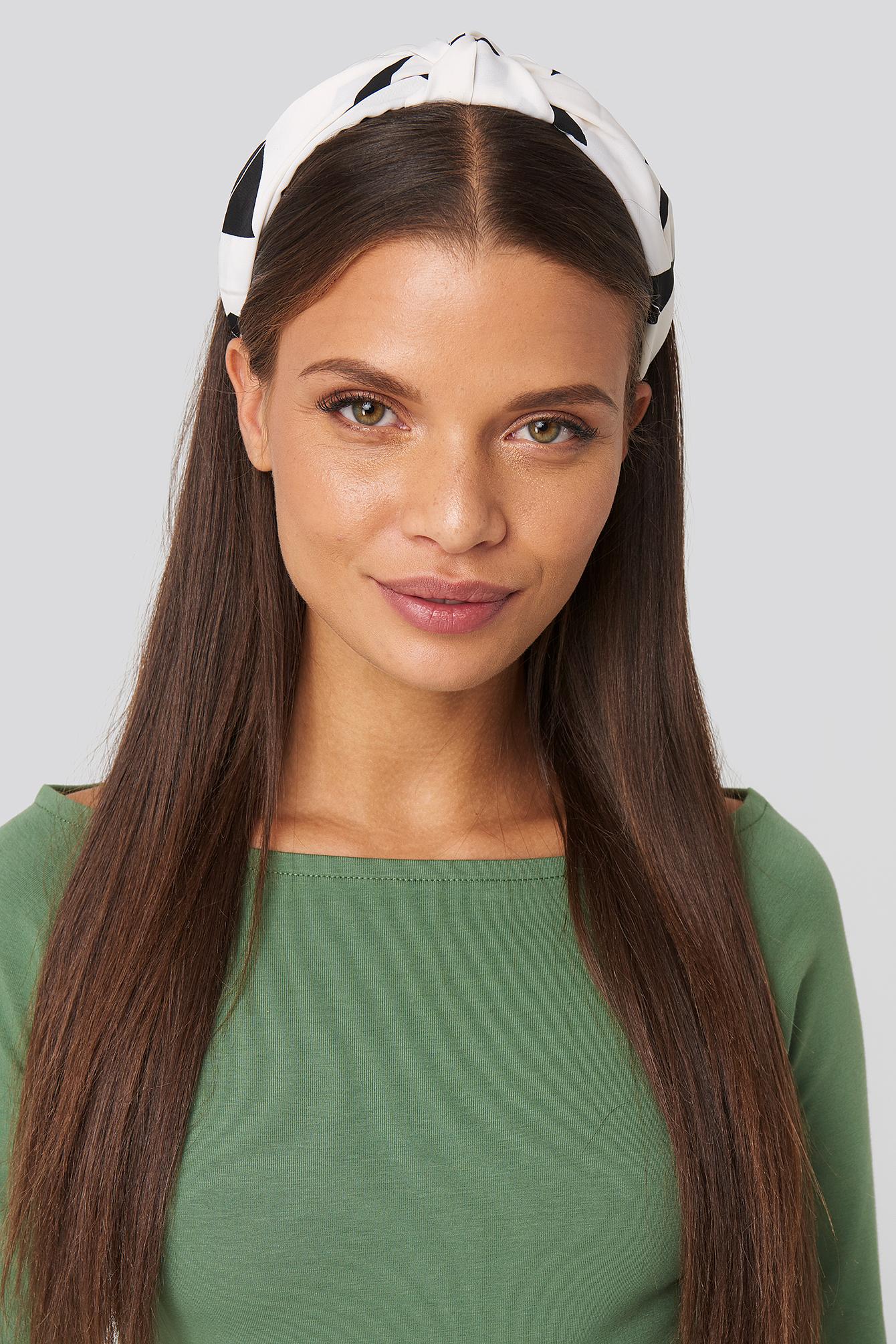 na-kd accessories -  Graphic Print Hair Circlet (029) - White