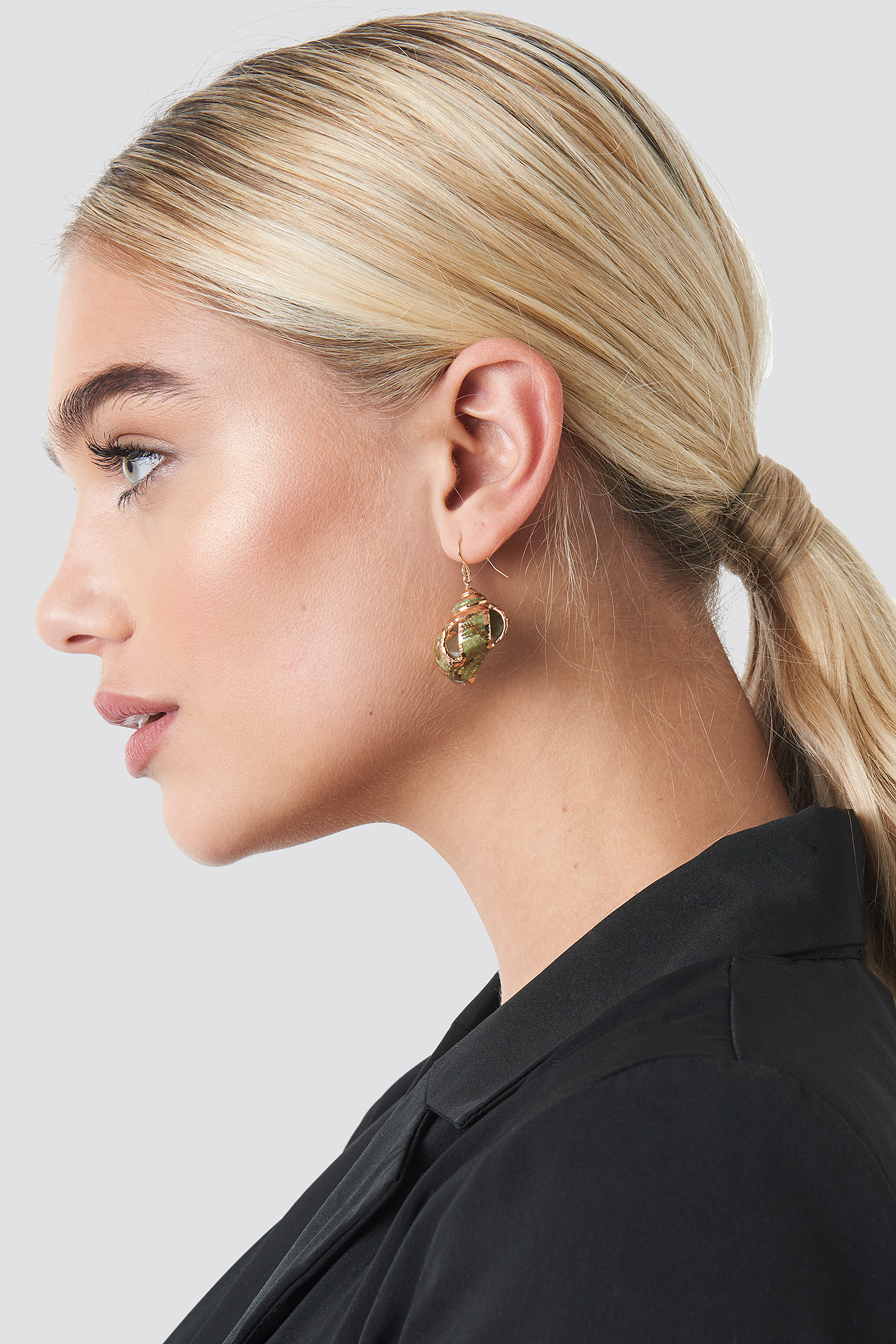 Green Shell Earrings NA-KD.COM