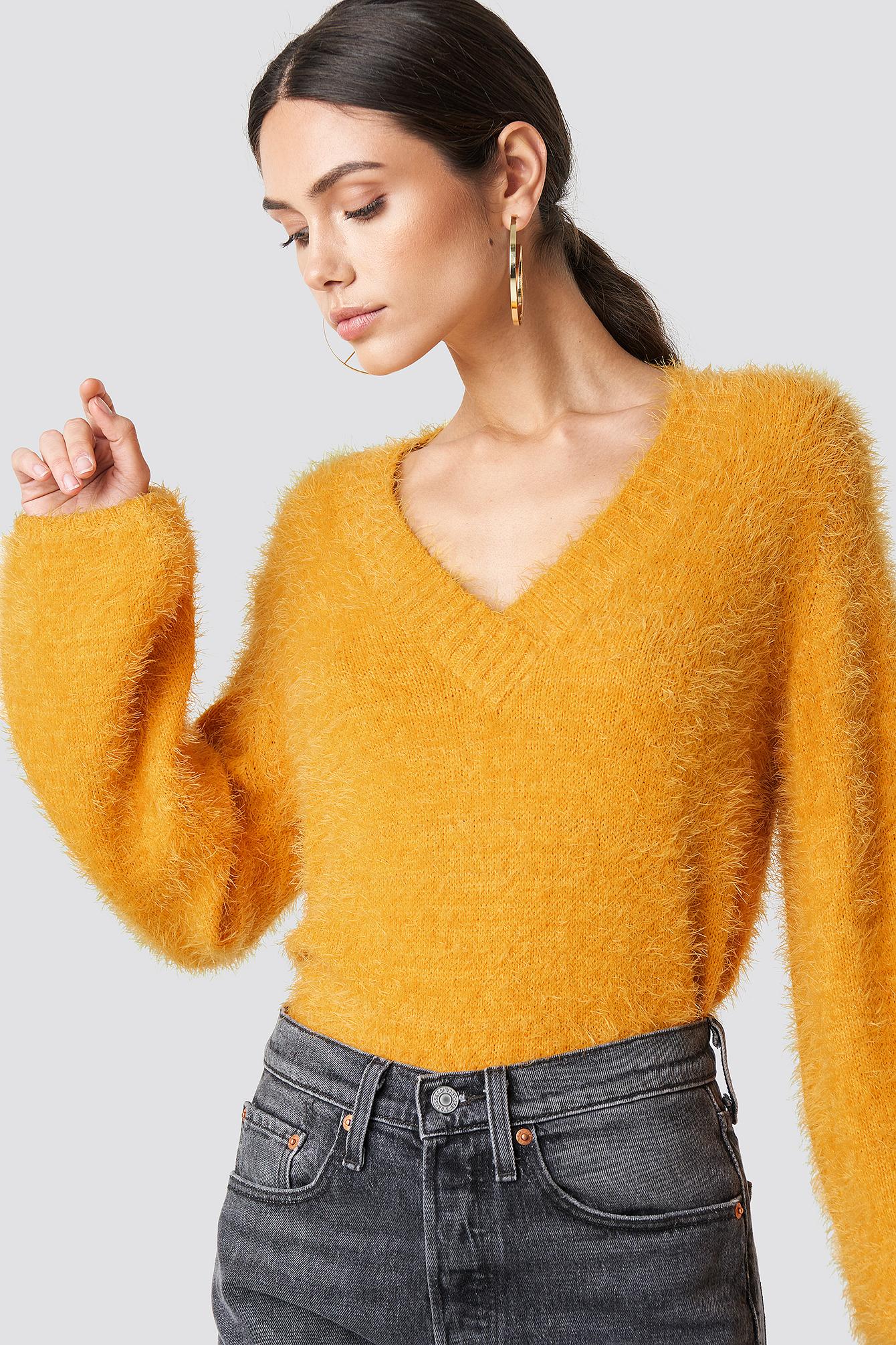 na-kd -  Hairy Deep V-neck Sweater - Yellow