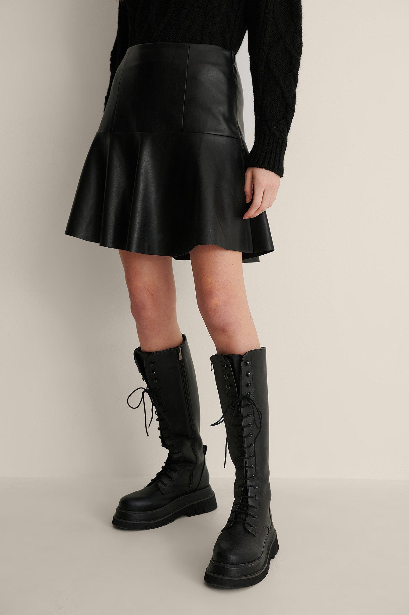 NA-KD Reborn Half Circle Panel PU Skirt - Black