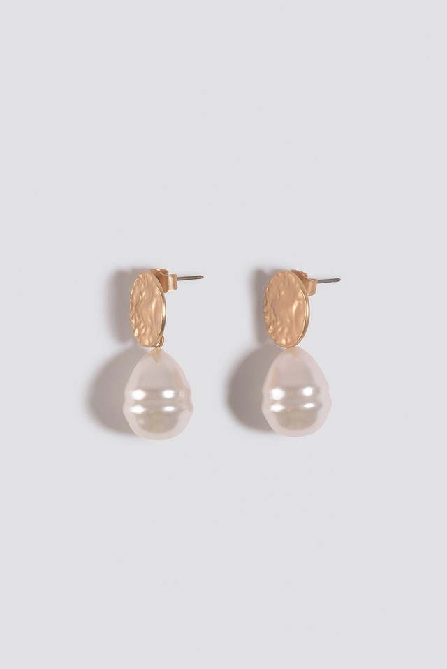 Hammered Plate Pearl Drop Earrings Gold