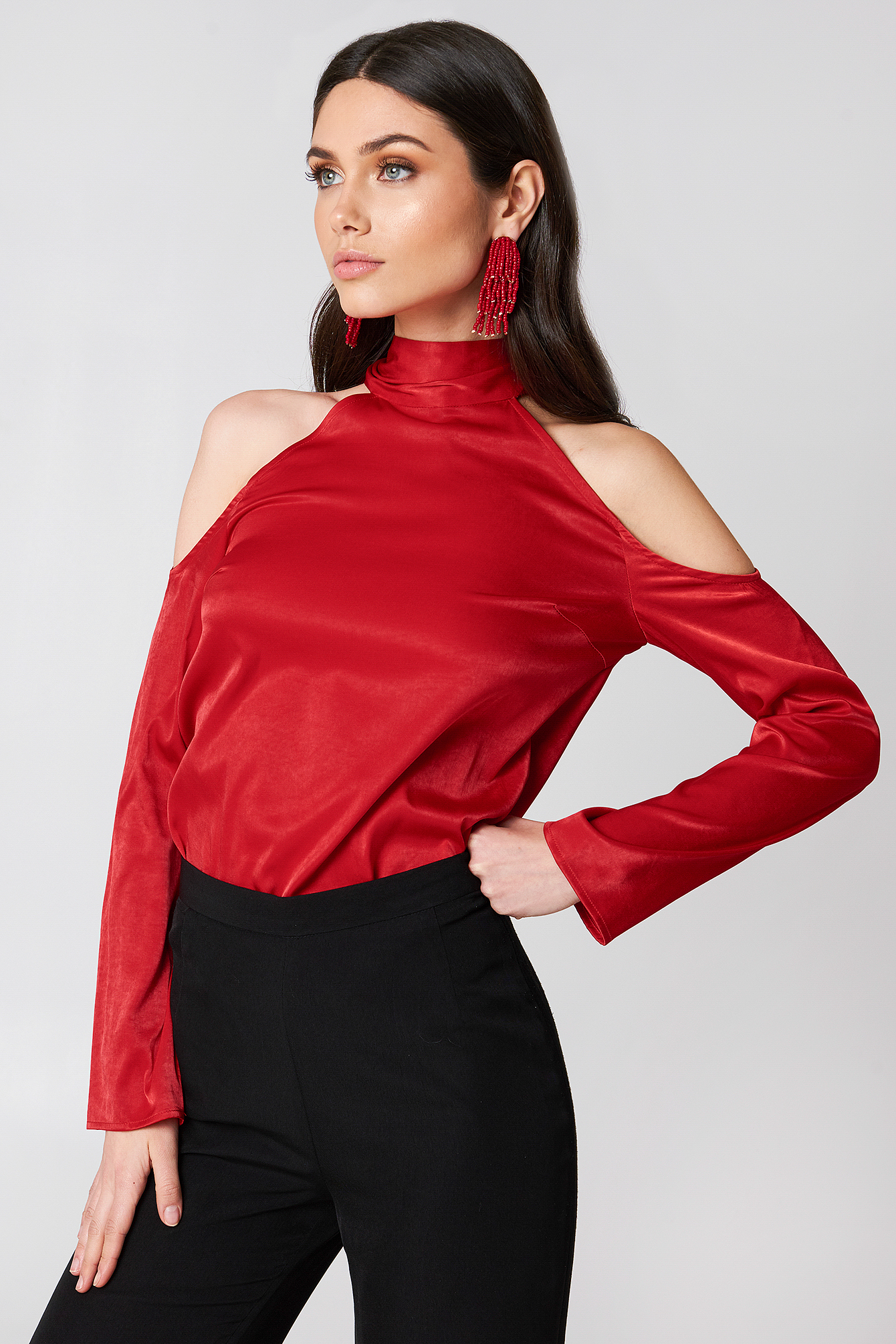 High Neck Cold Shoulder Blouse NA-KD.COM