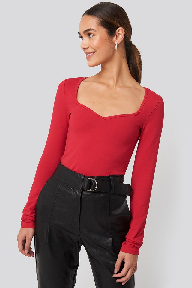 Heart Neckline Fitted Top NA-KD
