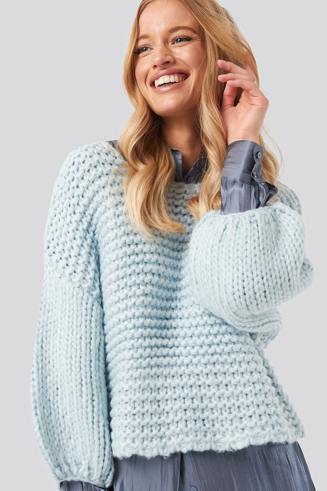 Heavy Knitted Short Sleeve Sweater Blue
