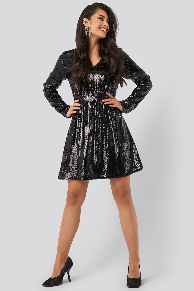 Heavy Long Sleeve Sequin Dress Black