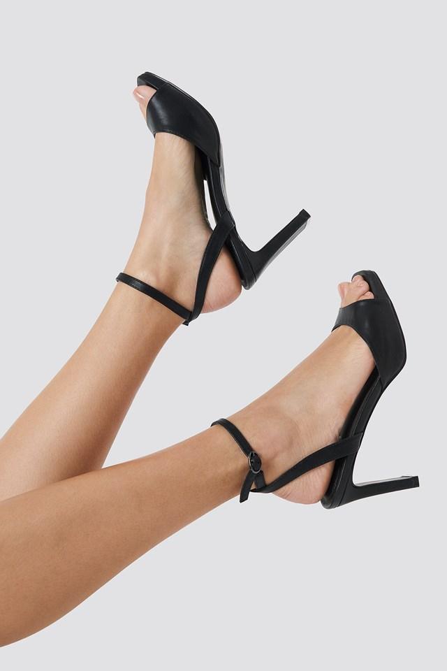 Heeled Strap Sandals Black