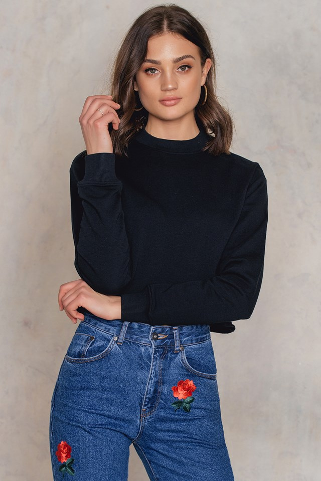Ready Or Not Cropped Sweater Black