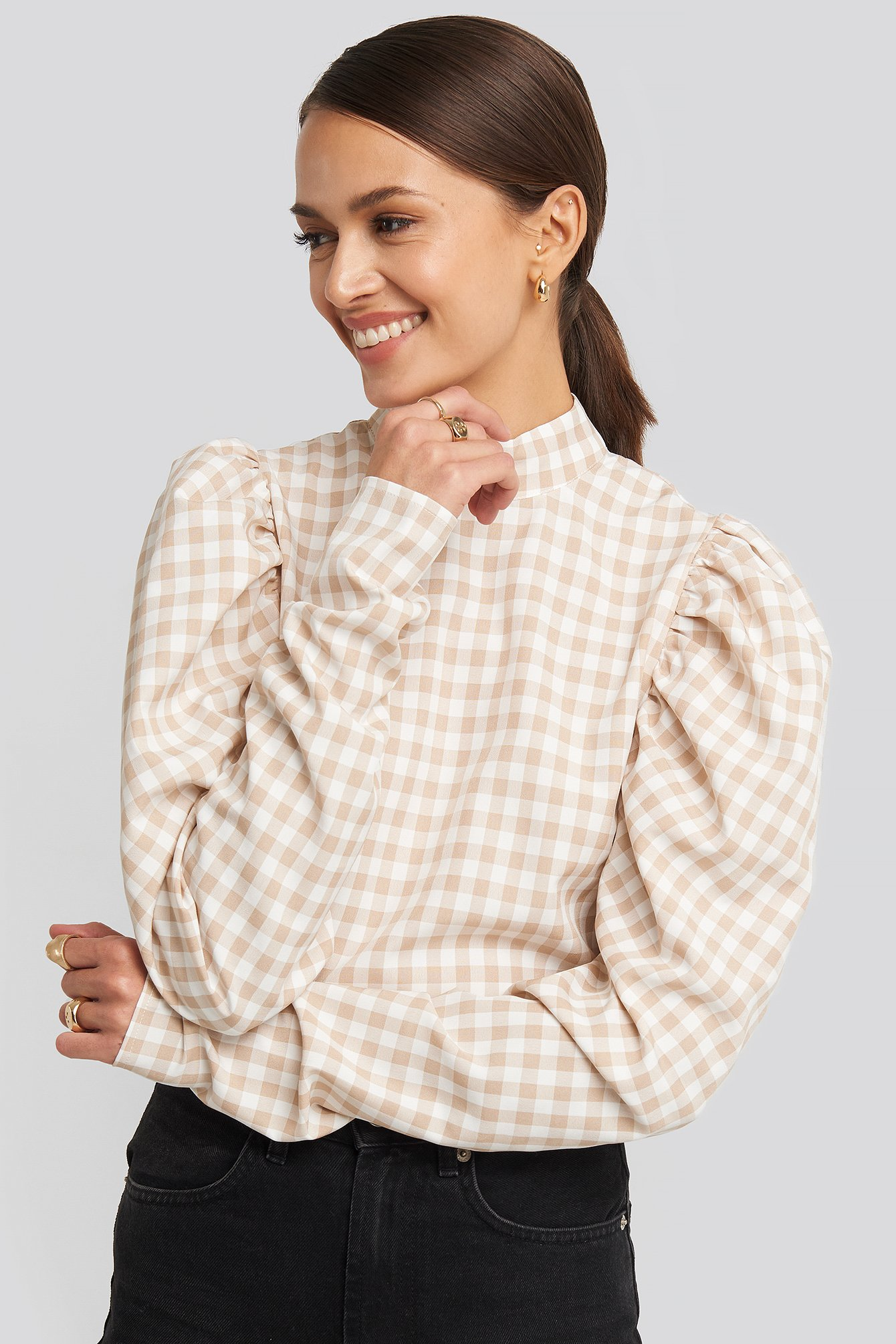 NA-KD Boho High Collar Checked Blouse - White,Beige