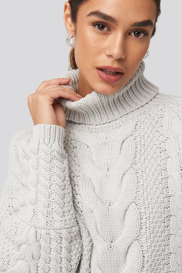 High Neck Cable Knitted Ribbed Sleeve Sweater Grey