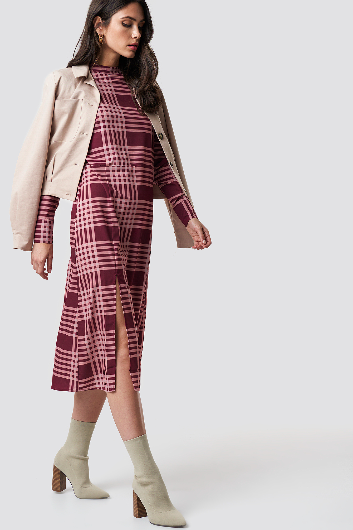 High Neck Cut Line Midi Dress NA-KD.COM