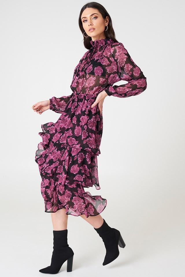 Kleider   Entdecke Etui-, Strand- & Strickkleider   na-kd.com