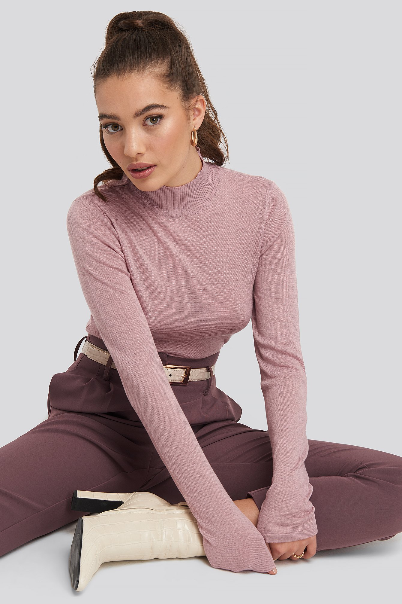 Dusty Pink High Neck Light Knit Sweater