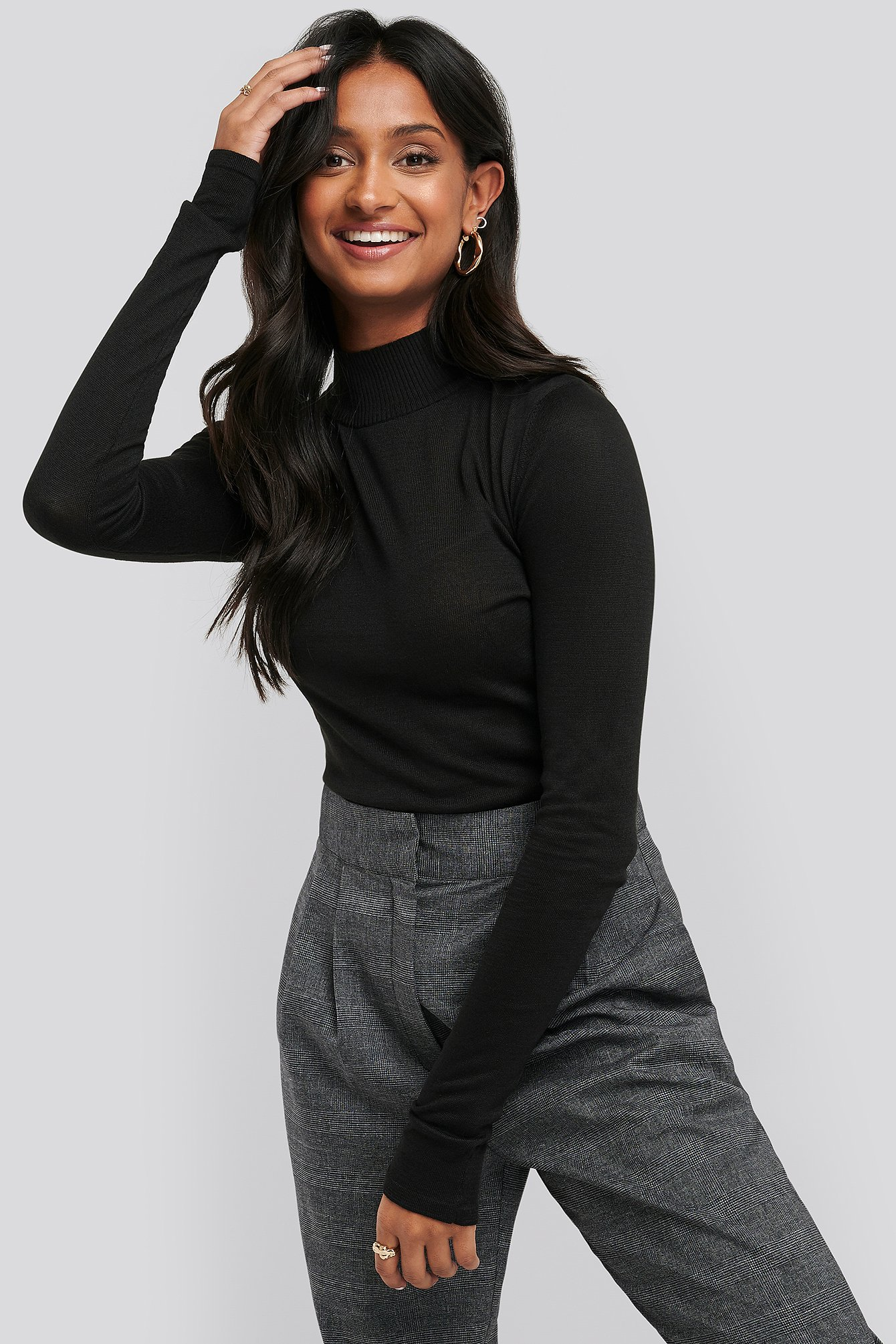 Black High Neck Light Knit Sweater