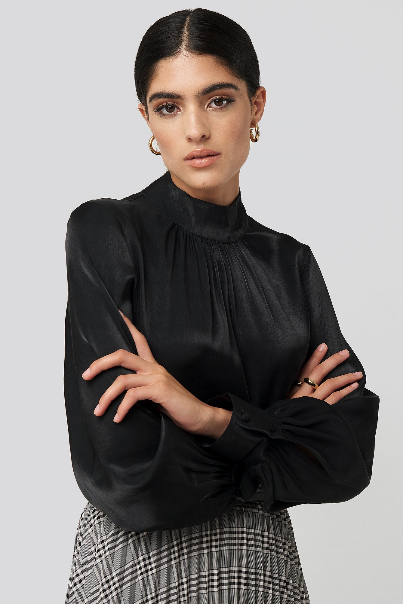 high-neck-loose-fit-blouse-black by nakdclassic