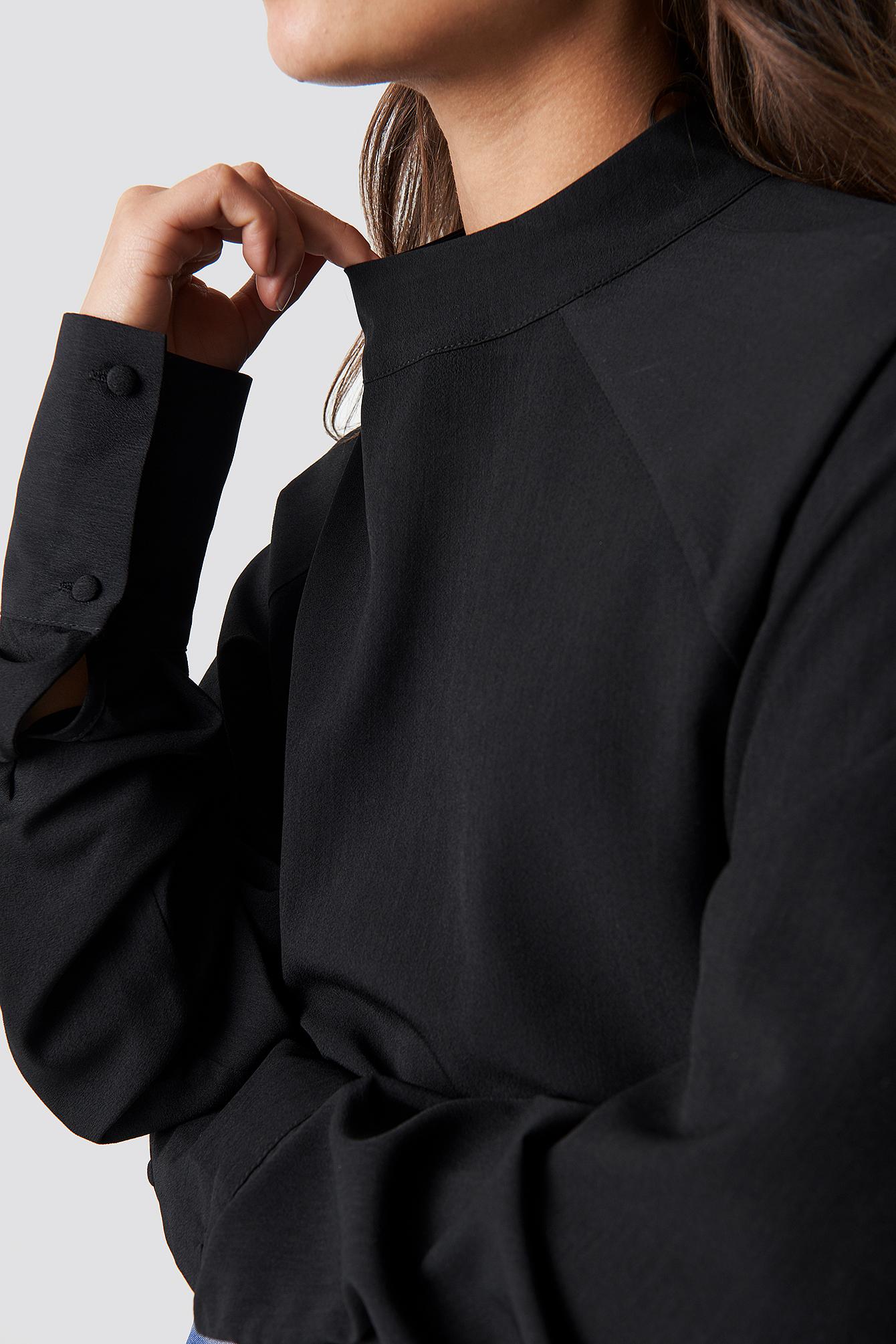 High Neck Raglan Sleeve Blouse NA-KD.COM