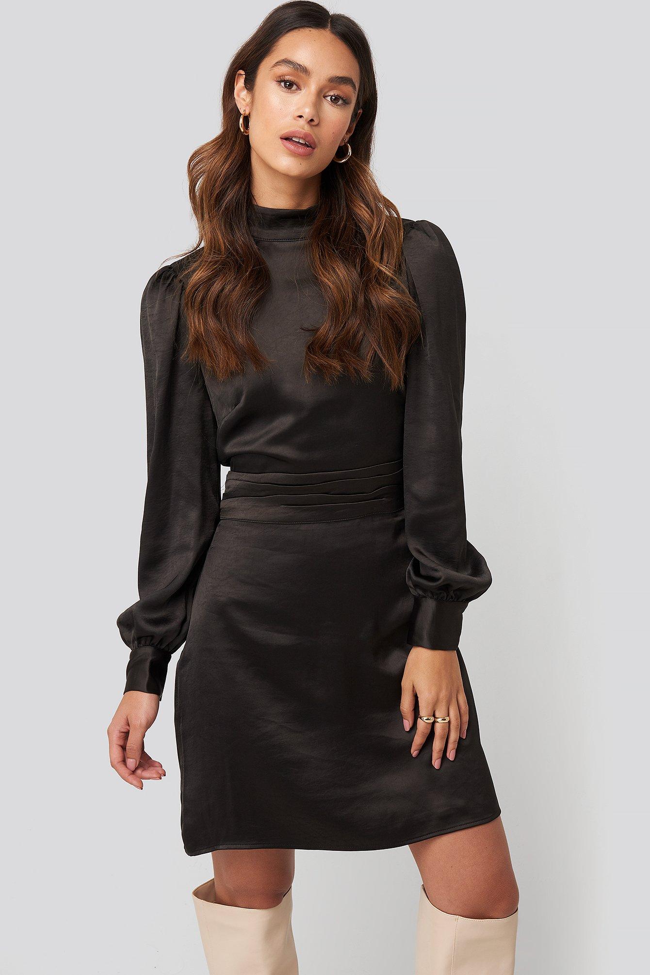 na-kd trend -  High Neck Satin Dress - Black