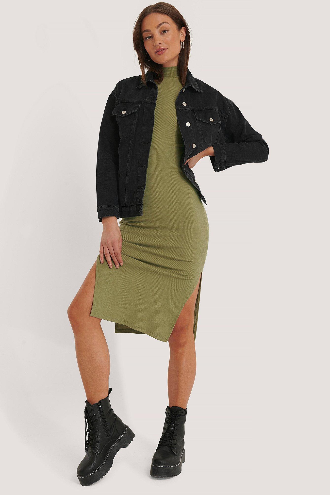 na-kd -  Ärmelfreies Kleid Mit Schlitz Und Poloausschnitt - Green