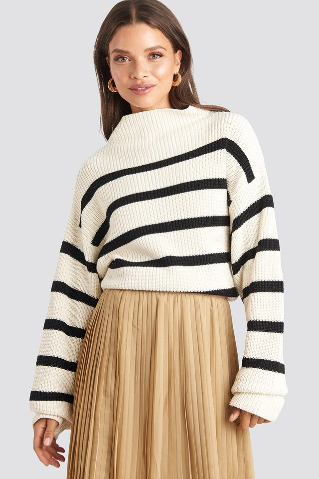 High Neck Striped Knitted Sweater White/Black